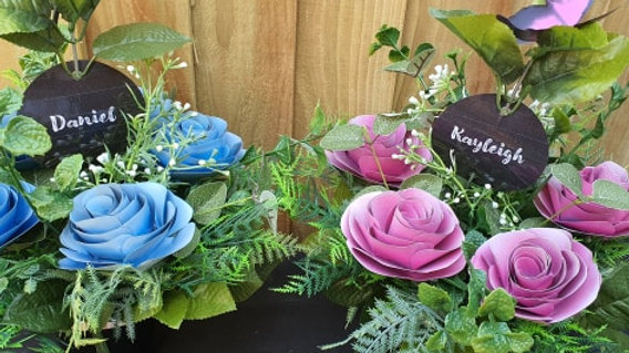 Five Rose Grave Pot & Matching Butterfly