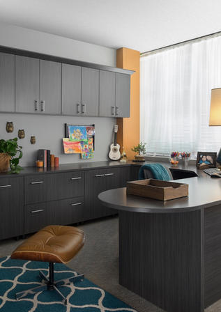 Licorice Office Flat Panel with Stool Ju