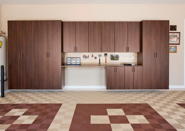 Coco Cabinets with Workbench Maple Slatw