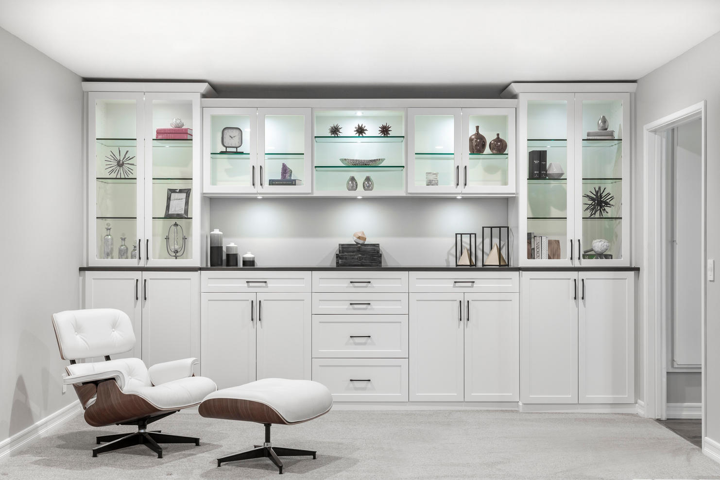 White & Licorice Wall Unit Straight Sep