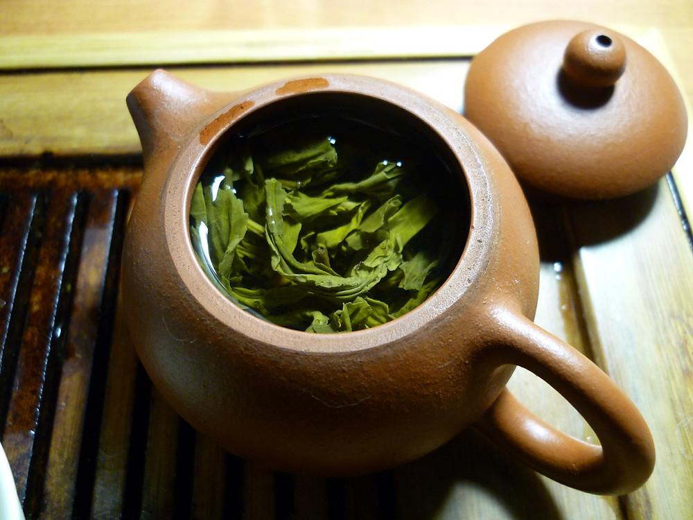 green tea in tea pot