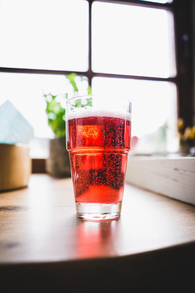 Fruity Sparkling Iced Tea