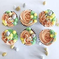 Hop This Way Cupcakes