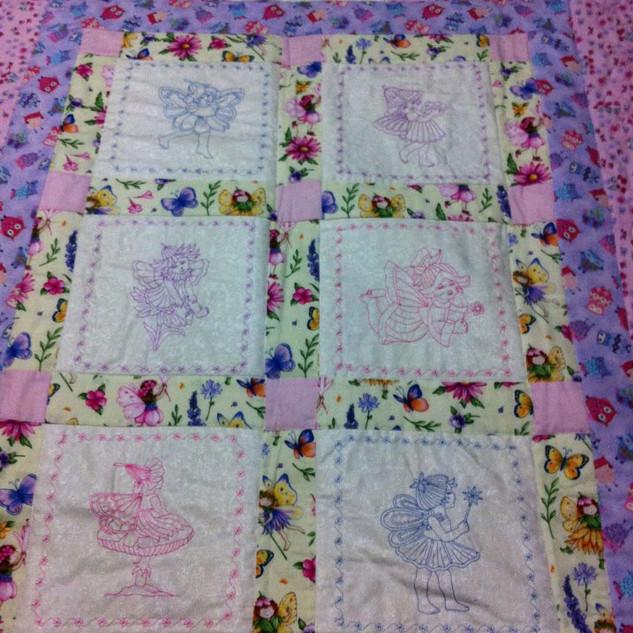 Isabellas quilt.jpg