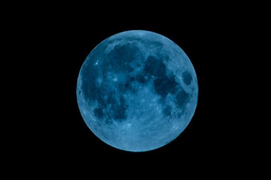 Blue supermoon