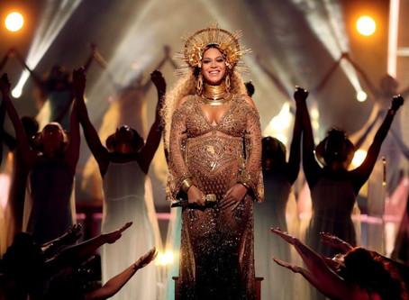 NASCEU...Beyoncé deu à luz gêmeos.