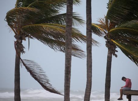 FURACÃO IRMA - Grande devastação, ventos fortes,enchentes e chuvas torrenciais.