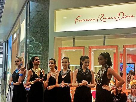 Desfile da Coleção de Jóias Verão 2015 Francesa Romana no Rio Design Barra