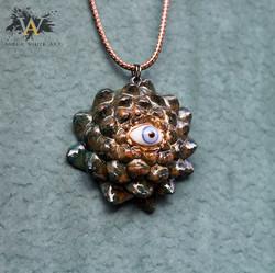 Golden Third Eye (Lotus Cut)