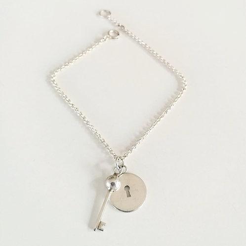 unique handcrafted sterling silver lock and key bracelet locket Israel Jerusalem