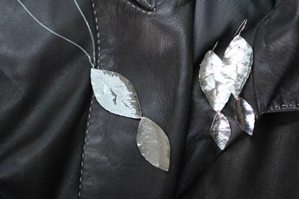 Laurel Pendant & Earrings
