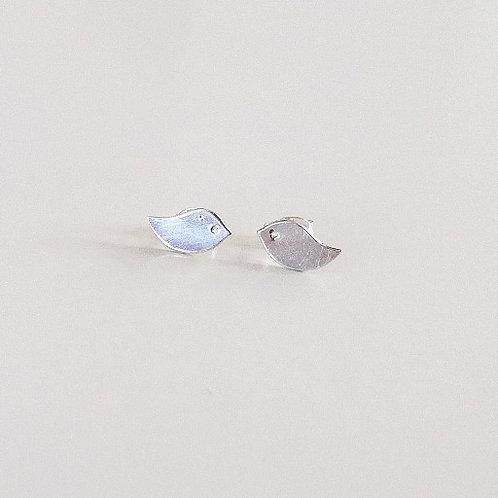 minimal sparrow stud earring sterling silver handcrafted in Jeursalem