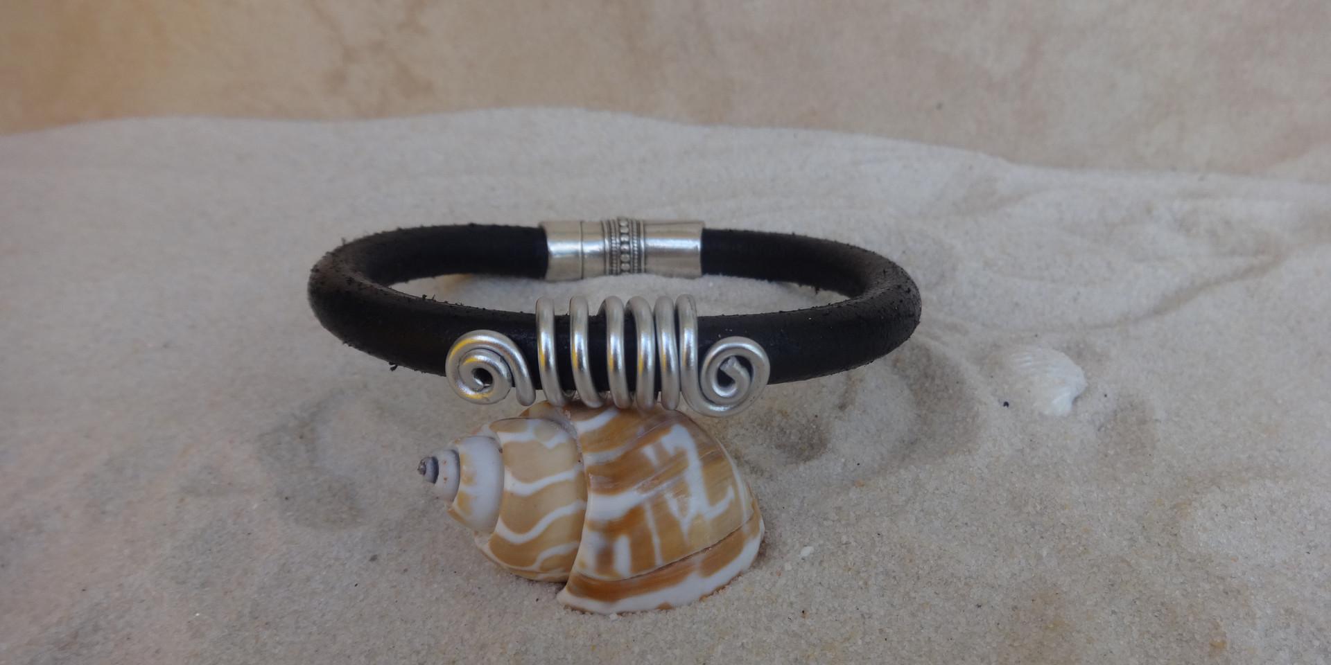 Mens or Ladies thick cord bracelet