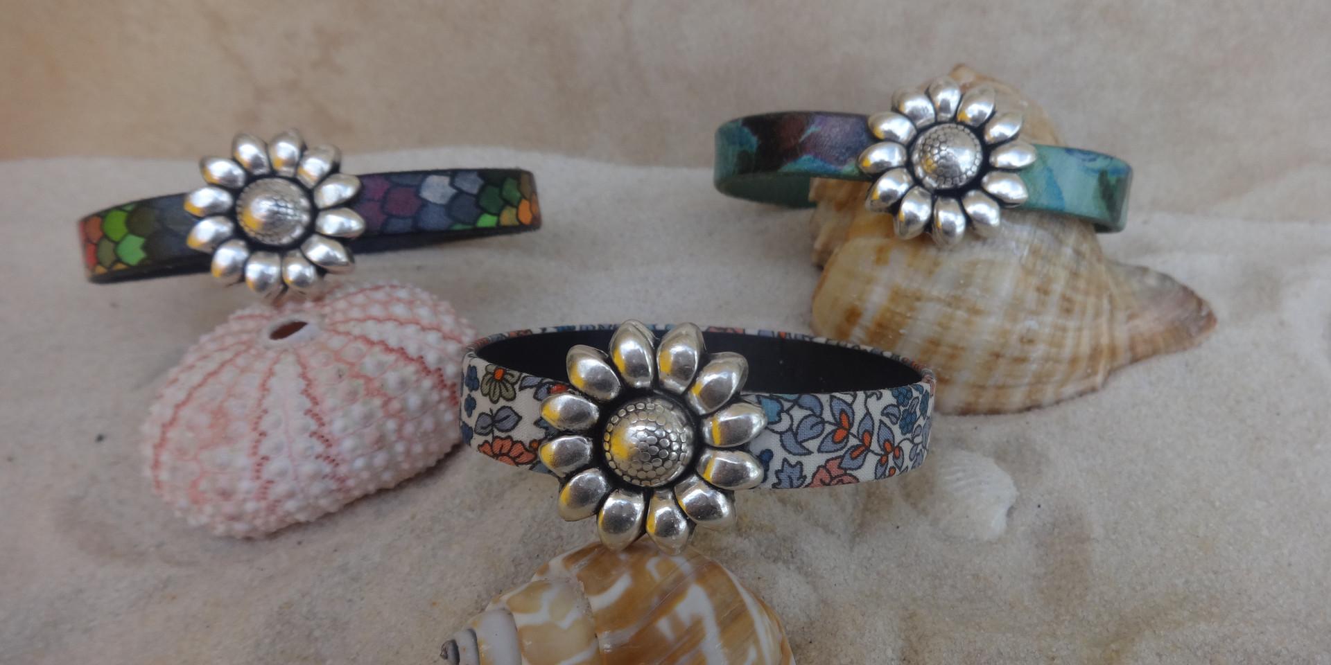 Short sunflower bracelet