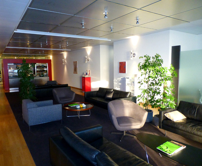 Travel: Zurich Airport VIP Services by Robert La Bua
