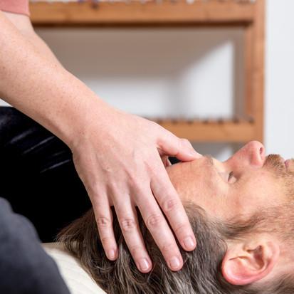 Head massage / shiatsu