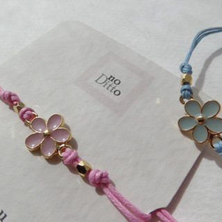 Custom Pink and Blue Daisy Bracelets