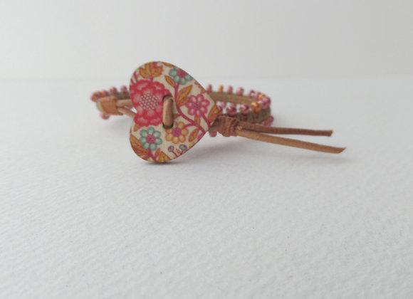 Pink Beaded Bracelet, Natural Leather, Macramé, Heart Clasp Bracelet