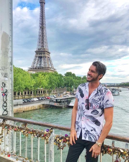 Drue Grit in Paris.JPG
