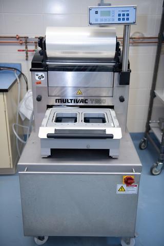 Semi-automatic Traysealer