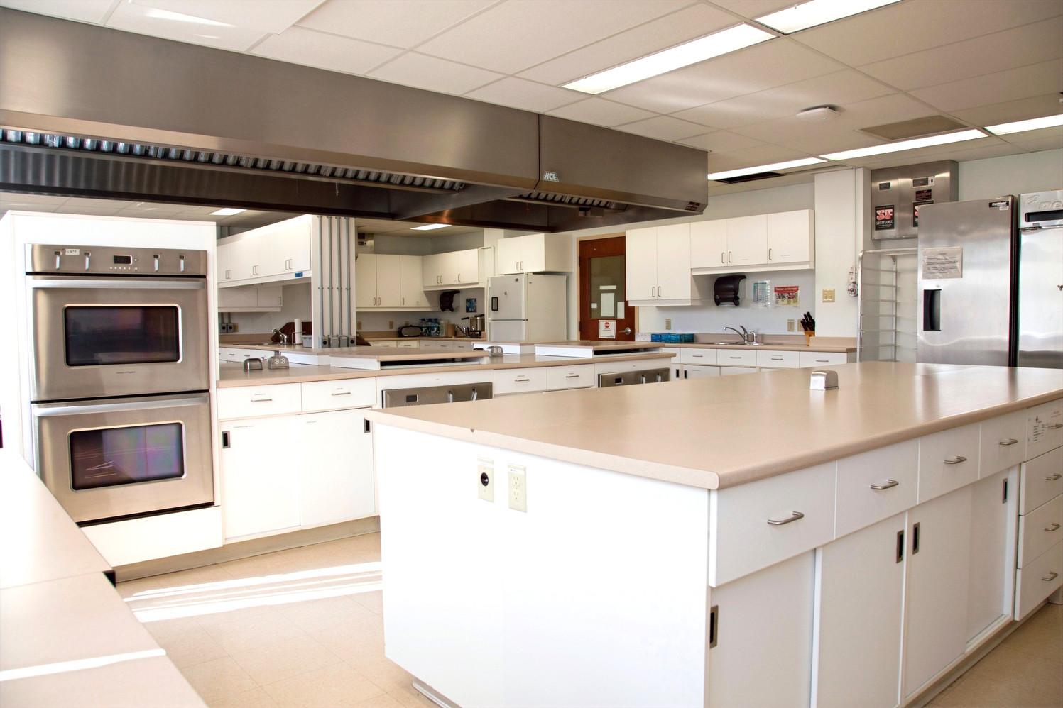 Consumer research laboratory