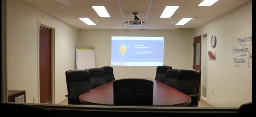 Salle de groupes de discussion