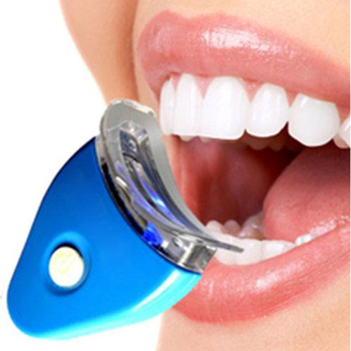 מלבין שיניים בעזרת אור לד כחול + 2 משחות הלבנה