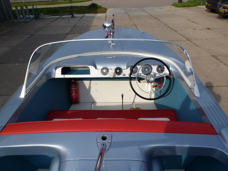 Chris Craft Silver Arrow