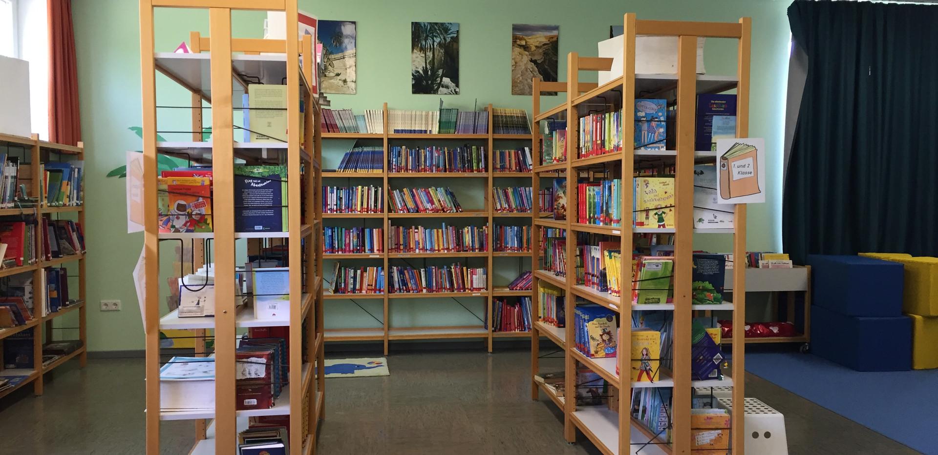 Bücher in der Bibliothek