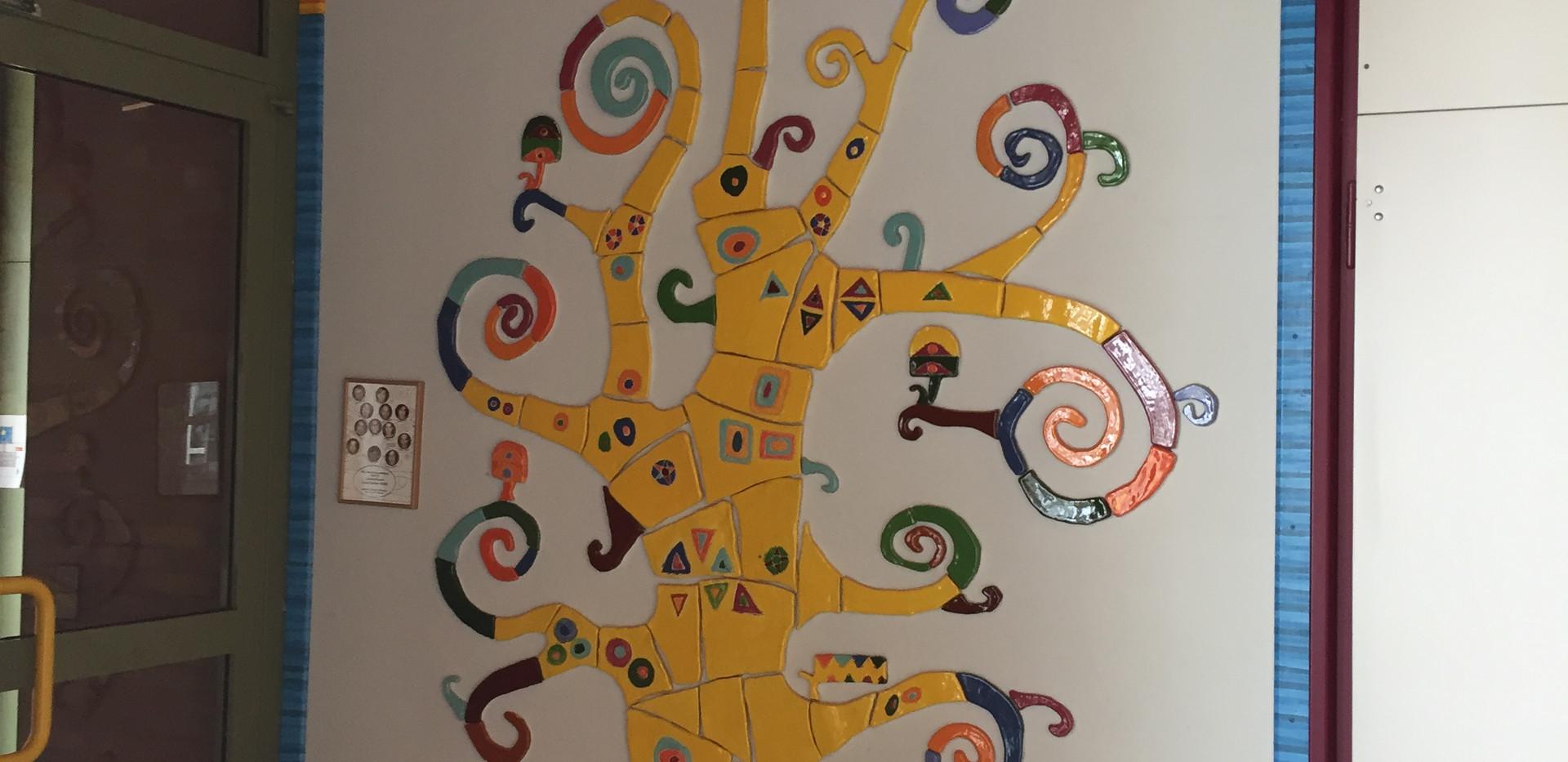 Mosaik des Schullogos