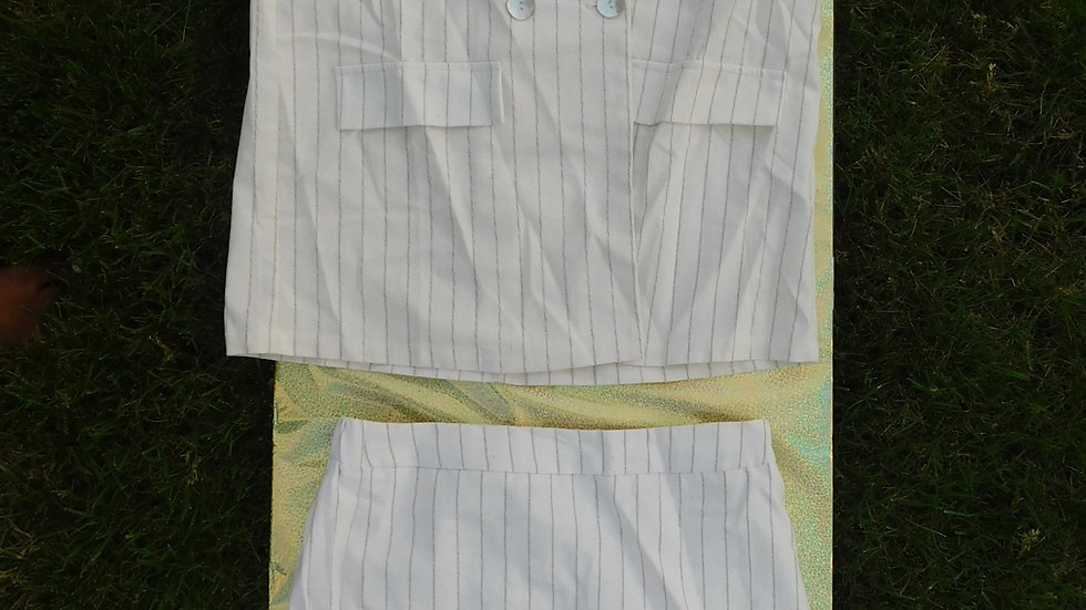 2-Piece Oversized Short Sleeve & Skirt White/Tan Suit