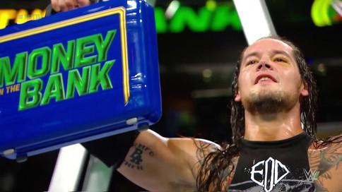 WWE Money In The Bank: Corbin gana MITB; Carmella hace historia; Mahal retiene
