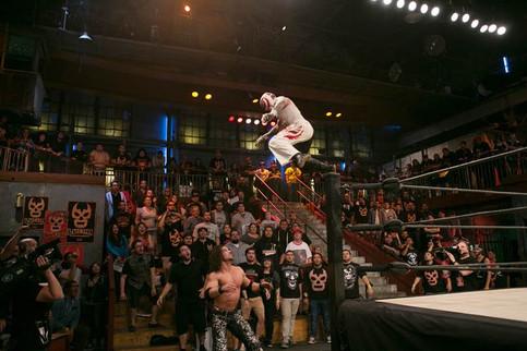 Rey Mysterio ante Johnny Mundo; Pentagon Dark ante Prince Puma en la final de la Copa Cueto