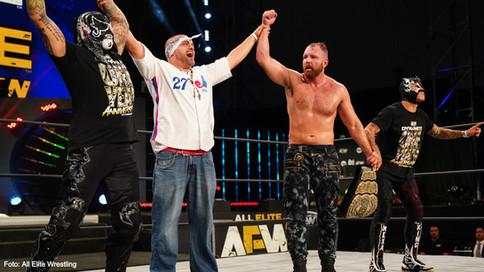 AEW celebró el Primer Aniversario del programa Dynamite con exitosas defensas de sus campeonatos