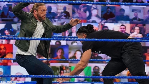 """SmackDown: Roman Reigns le """"lanza"""" un mensaje contundente a Edge (VIDEO)"""