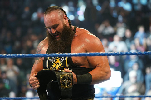 SmackDown: Braun Strowman NUEVO Campeón Intercontinental de WWE (VIDEO)