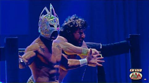 Triplemanía XXVIII: Kenny Omega vence a Laredo Kid; Retiene el Megacampeonato de AAA