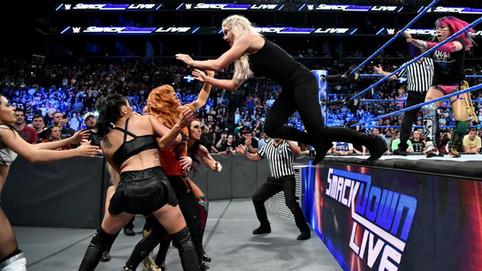 SmackDown LIVE: NUEVOS campeones en parejas; Lynch y Flair se ven las caras; Joe ataca a Styles y má