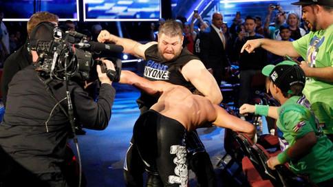Martes de WWE: Cinco superestrellas a competir por el título mundial en FASTLANE; Lana consigue su p