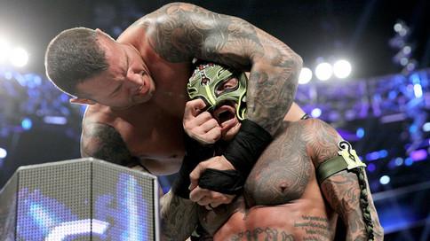 SmackDown LIVE: Orton destruye legado de Mysterio; Nace un nuevo Bryan; Flair habla sobre ataque a R
