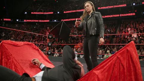 Ronda Rousey se defiende ante Triple H y Stephanie McMahon (VIDEO)