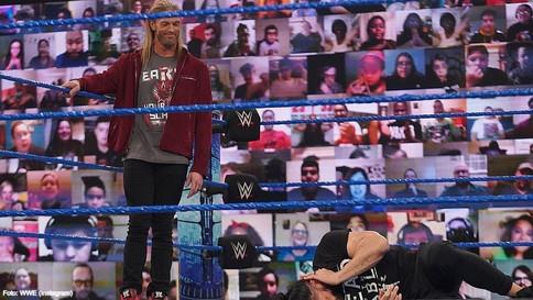 SmackDown: ¿A quién escogerá Edge como oponente? Owens y Reigns aún con asuntos que resolver