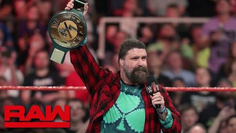 RAW: Foley presenta nuevo Campeonato en WWE; Amenaza Lesnar con canjear su maletín; Luchas confirmad
