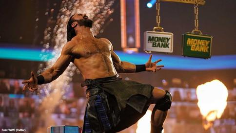 RAW: Espectacular lucha de triple amenaza lleva a Drew McIntyre a Money In The Bank (VIDEO)