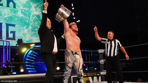 ÚLTIMA HORA: Kenny Omega se convierte en el nuevo Campeón Mundial de AEW (VIDEO)
