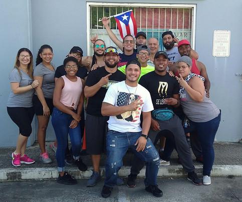 Luchadores llegan a la Ciudad Gris para darle la mano a los humacaeños