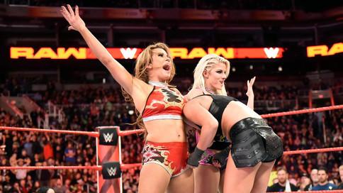 RAW: Strowman gana el Gauntlet Match; Mickie James ayuda a Alexa Bliss; Cartelera para Elimination C