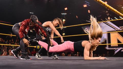 NXT: Flair humillada por Ripley y Belair en el cuadrilátero (VIDEO)