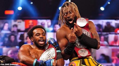 RAW: Bad Bunny recibe GUITARRAZO de Miz; New Day NUEVOS Campeones; luchas confirmadas para 'Mania 37
