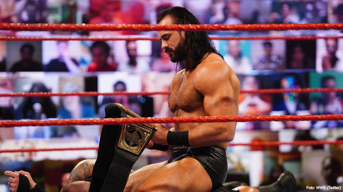 WWE: McIntyre frustra intento de canjeo de The Miz al comienzo de la transmisión de RAW